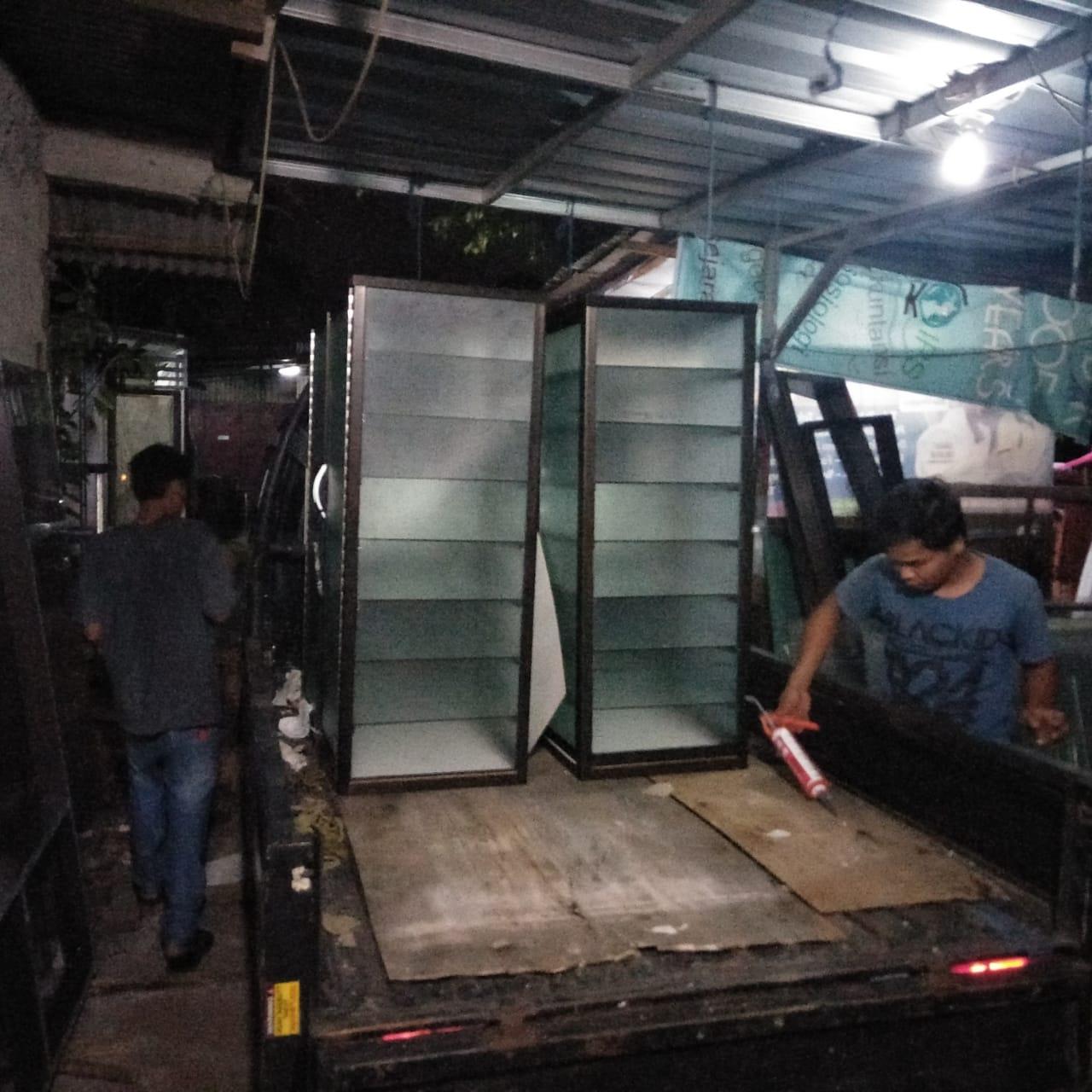 toko-tukang-aluminium-kaca-bikin-gerobak-murah-jogja-yogyakarta-solo-magelang (7)